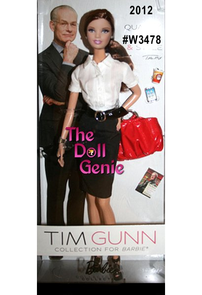 Make it work! Fashion consultant and television personality, Tim Gunn, brings his expertise to Barbie with a timeless outfit of smart separates including a crisp white shirt paired with a sleek black pencil skirt and cinch belt. Includes handbag, glasses, miniature phone, coffee cup and Tim Gunn book.