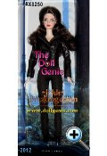 Twilight Bella Breaking Dawn Part II*: In the Twilight Saga: Breaking Dawn Part 2, Bella becomes a vampire. This doll captures that transformation with a bombshell hairstyle, vampire eyes and glittery skin. Dressed in a leather jacket and leggings, shes ready to take on any danger to her family!