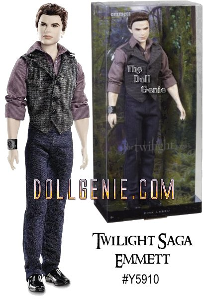 Never one to miss a fight, Emmett prepares to battle the Volturi in a button-front shirt, vest, jeans, and a wrist cuff embellished with the Cullen crest.